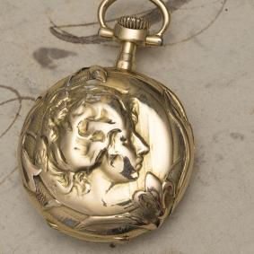 Antique OMEGA Solid 18k Gold Lady Pocket or Pendant Watch in Art Nouveau taste