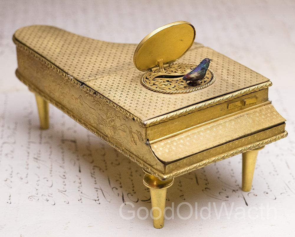 Rare GRAND PIANO SHAPED SINGING BIRD BOX ANTIQUE MUSIC BOX AUTOMATON - Video