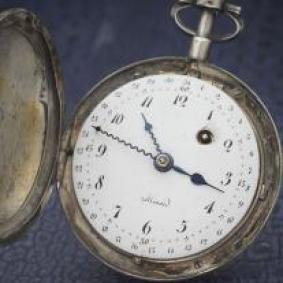 XVIII century pocket watch with calendar
